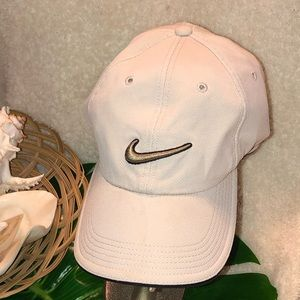 New Nike Golf Cap - Adjustable Dry-Fit